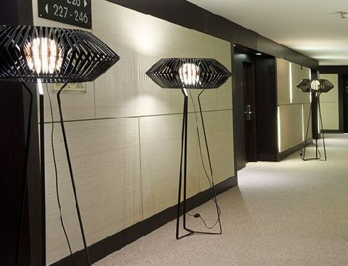 v-light-floorlamp lighting