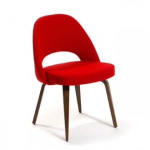 This Eero Saarinen executive chair is available from www.bonluxat.com