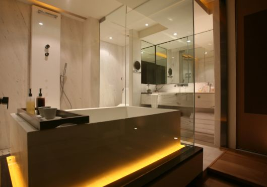 http://www.homedesignfind.com/wp-content/uploads/2009/01/chinese-bathroom-design.jpg