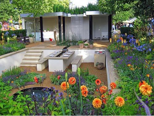 2 gardening outdoor