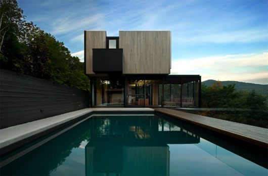 Thumbnail image of Lac Superieur Residence: Stunning vacation residence with minimalist charm