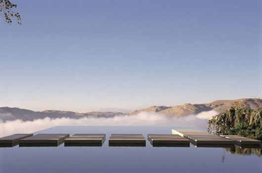 Thumbnail image of Negative edge swimming pool: For those who live off the edge!