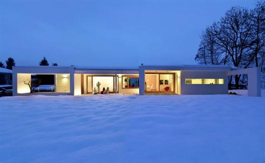 duilio damilano horizontal space modern architecture  architecture, modern house , snow , winter house , winter modern house, snow