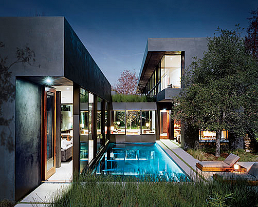 Thumbnail image of Vienna Way Residence by Marmol Radziner: the essence of easy living