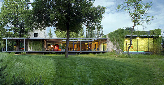 Thumbnail image of Nature loves it: modern glass house near Krakow, Poland