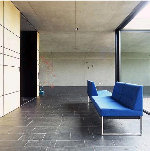 hausbold4 architecture