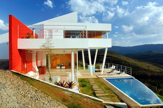 Thumbnail image of Ulisses Morato's modern mountain home in Brazil