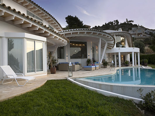 Thumbnail image of Luxury villa in Mallorca charms with (its) ease