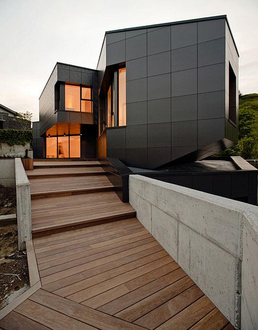 q house 4
