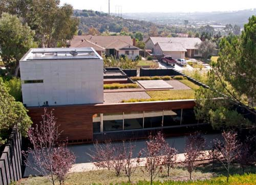 Thumbnail image of Green Sebastian Mariscal Solar Home Uses Charcoaled Wood