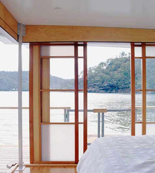 Thumbnail image of The Simple Houseboat