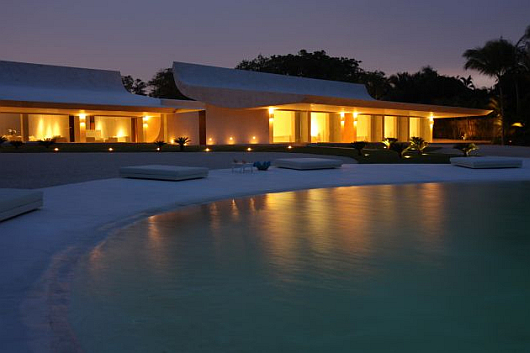Thumbnail image of A Pearl in the Caribbean: Waterfront House by A-cero