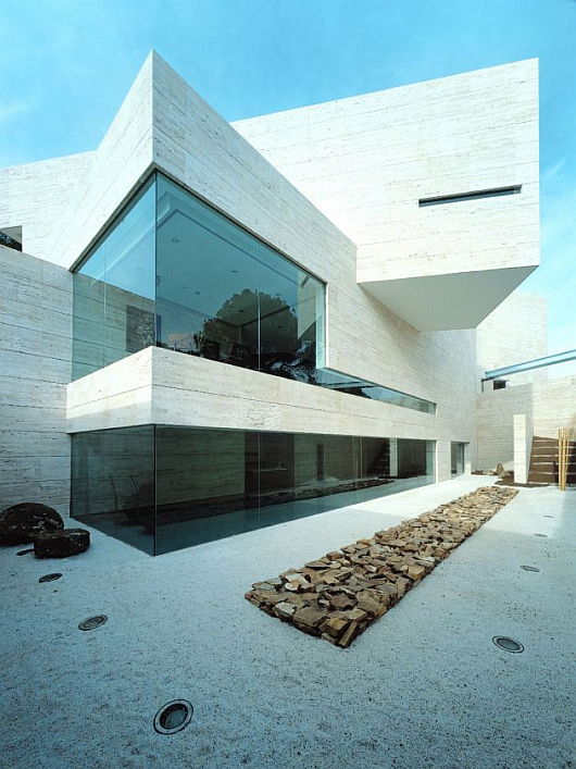 Thumbnail image of A-Cero Architects' Masterpiece in Madrid