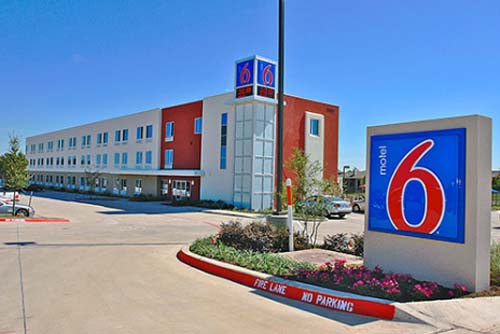 Thumbnail image of Euro-Chic Motel 6 Gets LEED-Certification