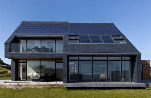 Thumbnail image of Home for Life Generates a Solar Surplus