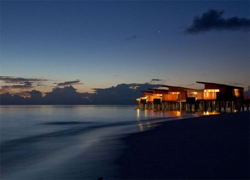 Thumbnail image of Eco-Resort in the Sinking Maldives Corrals the Last Few Tourism Dollars