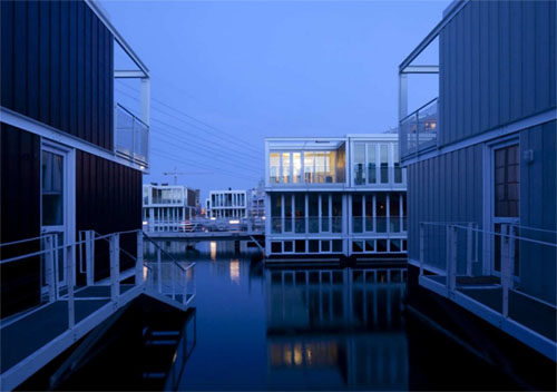 floating townhouses 7 green