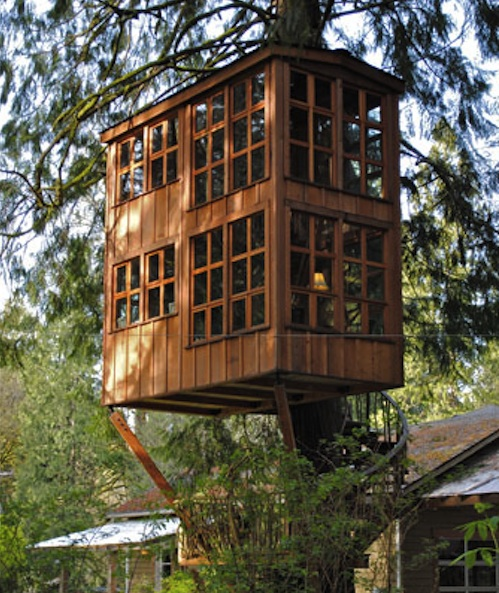 trillium treehouse 1 dining entertaining