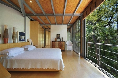 Contemporary Tree House 1 architecture