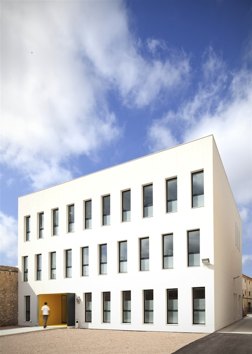 centro de salud 4 architecture