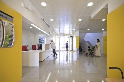 centro de salud 8 architecture
