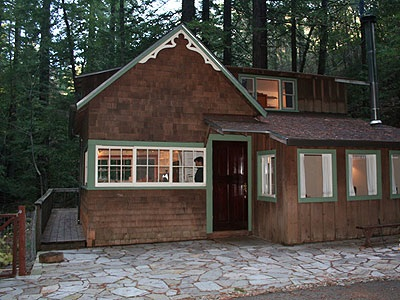 cabinbefore A Sweet Cabin in the Woods Overlooks a Forest Stream