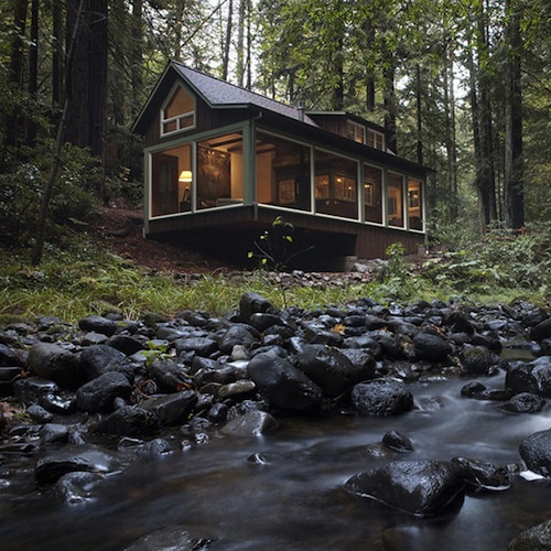 creekside cabin2 A Sweet Cabin in the Woods Overlooks a Forest Stream