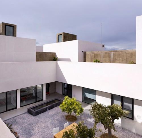 extramuros1 architecture