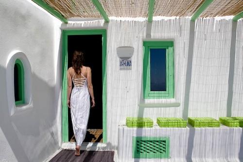 Imerovigli Santorini3 architecture