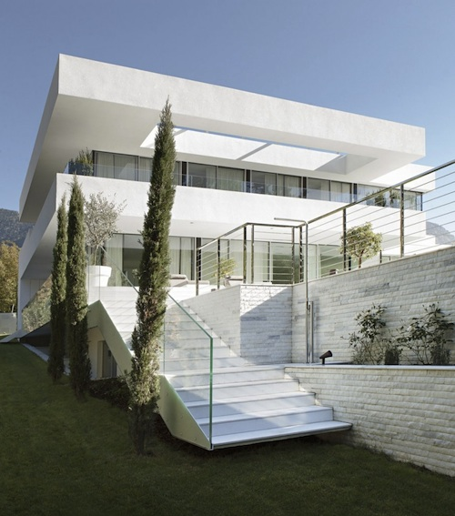house m8 architecture