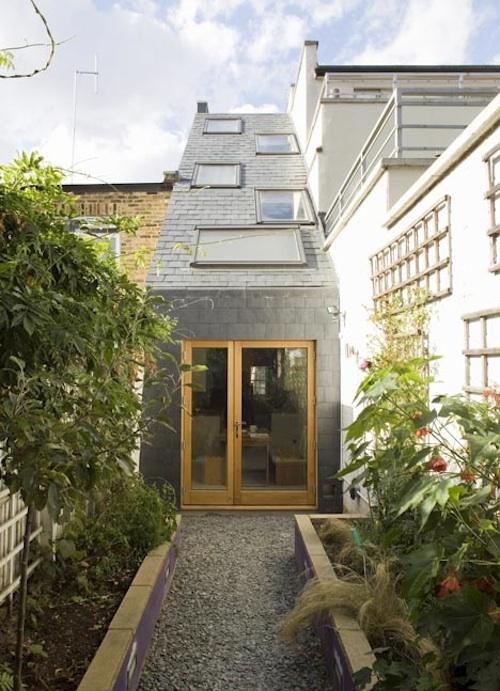 narrow architecture