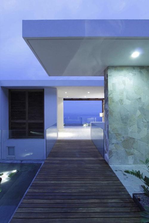 q5 architecture