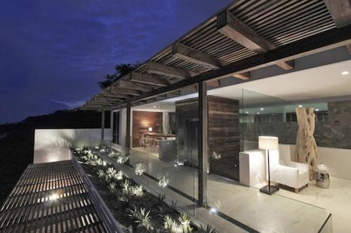 q9 architecture