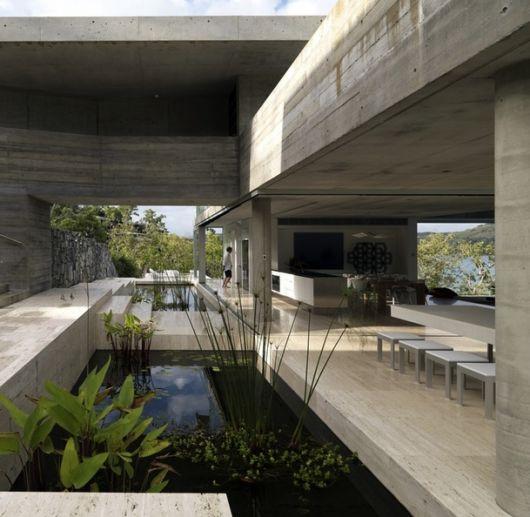 616 architecture