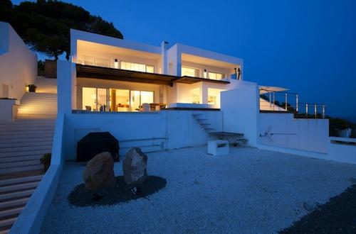 126 architecture