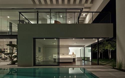 910 architecture