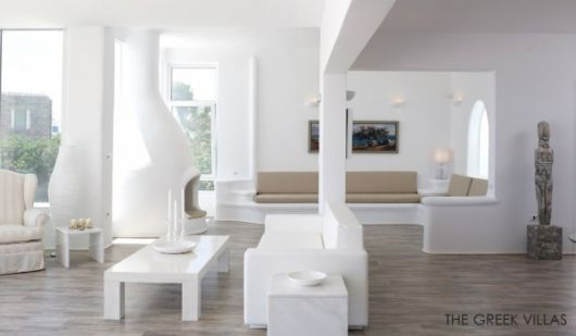 classic white living room 600x350 architecture