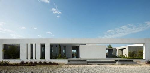 1013 architecture