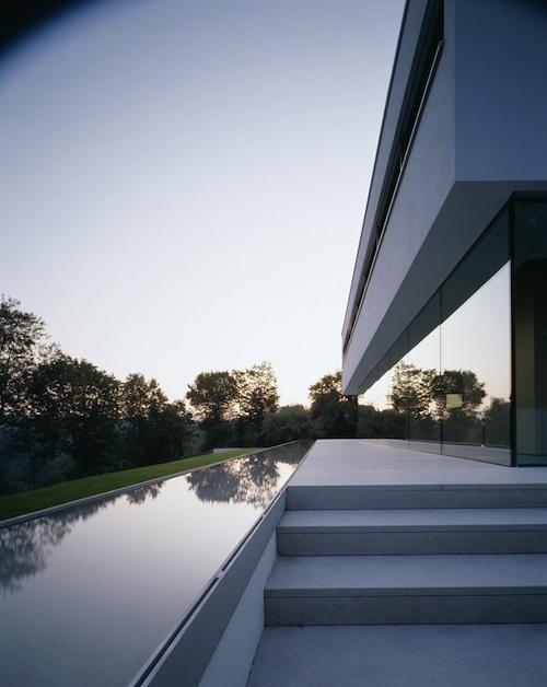 221 architecture