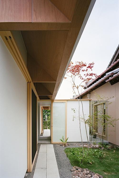 814 architecture