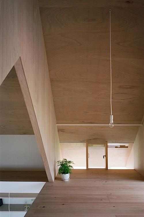 912 architecture