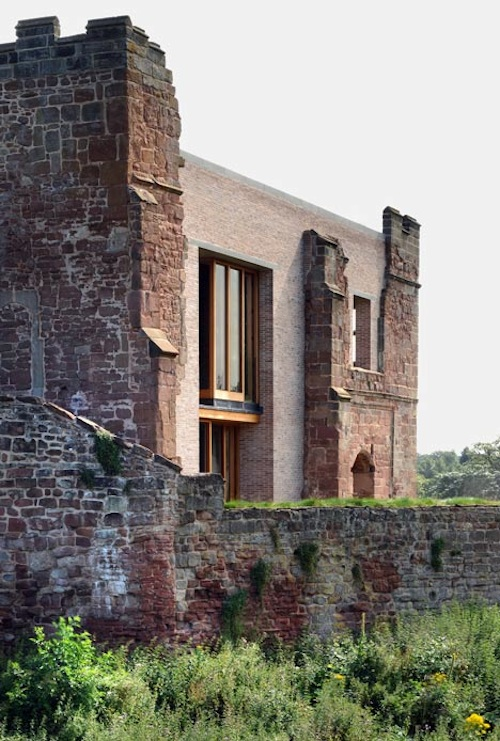 Medieval Castle Supports a New Dwelling