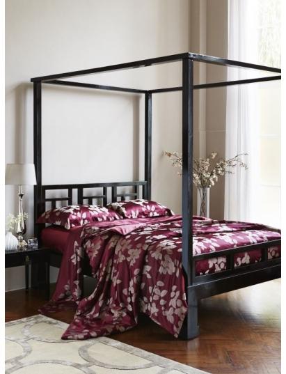 Design Trend: Luxury Bedding in Silk
