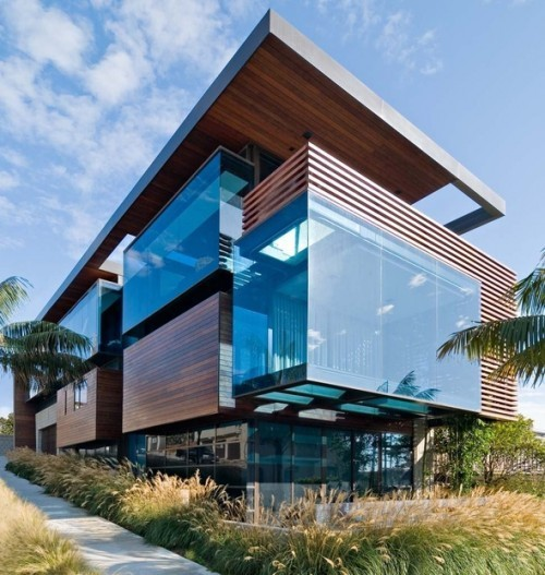 What Looks Like Square Cubes Of Blue Jello Catches The Eye In This Beach House From Los Angeles Based Studio 9 One 2